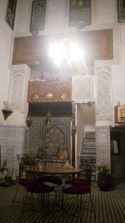Dar Lalla Kenza:                   Entrance atrium and dining