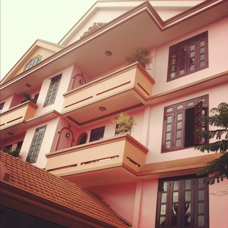 Villa Pink House:                   The Pink Villa