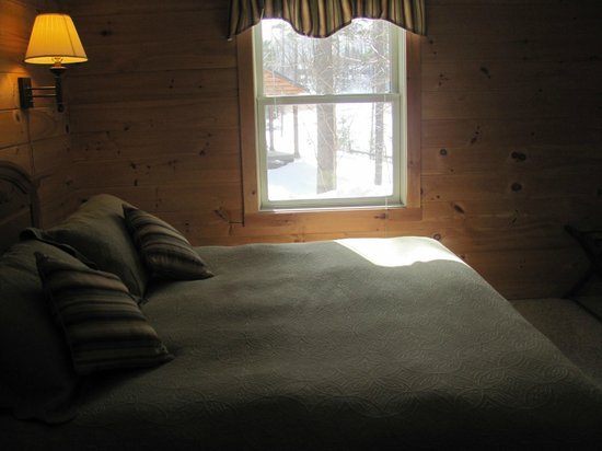 Sterling Ridge Resort: Bedroom in one-bedroom cabin