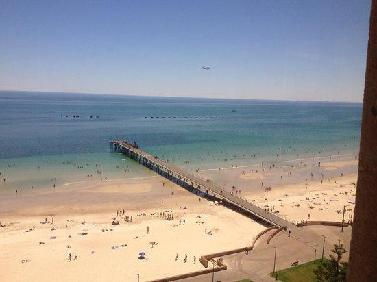 Stamford Grand Adelaide:                   Glenelg beach