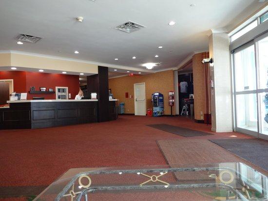 Ramada Niagara Falls/Fallsview: Reception