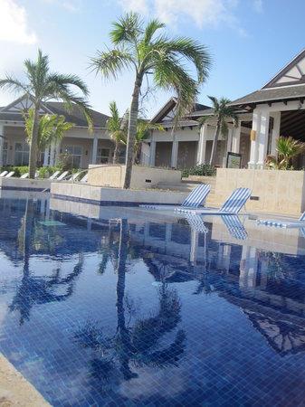 Royalton Cayo Santa Maria: Upper pool/piscine du haut