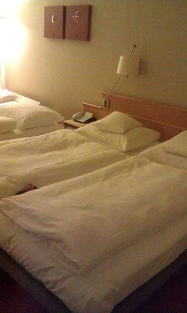 Mövenpick Hotel Nuremberg-Airport:                   Beds!