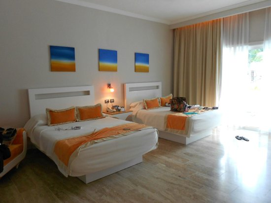 Cofresi Palm Beach & Spa Resort: Suite junior