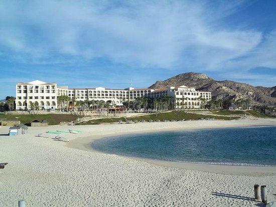 Hilton Los Cabos Beach & Golf Resort:                   Hotel rear