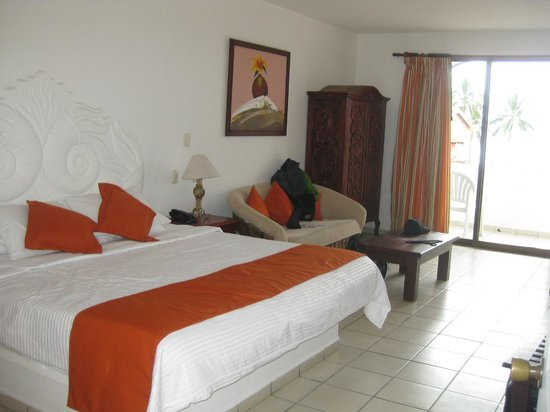 Royal Decameron Complex:                   another room in building 2