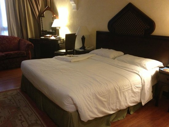 Arabian Courtyard Hotel & Spa:                   My Room
