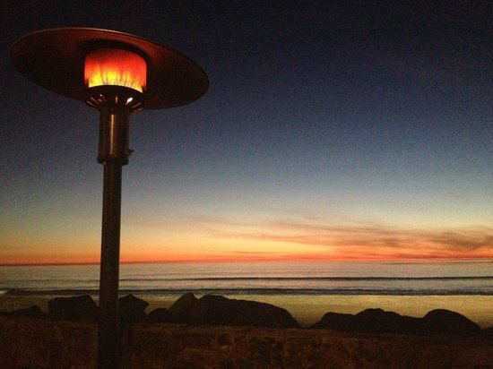 Pacific Coast Grill:                   sun has set, heaters are on, pure bliss
