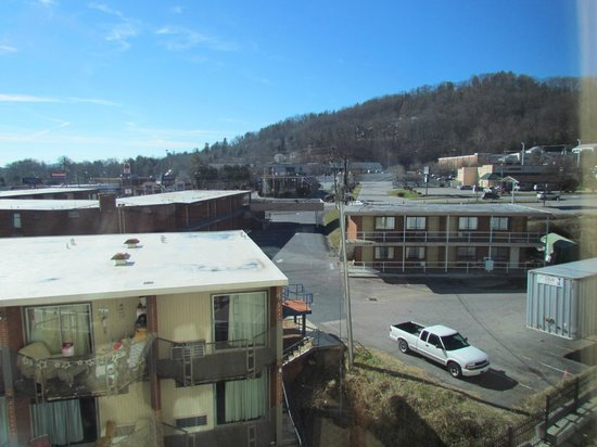 Holiday Inn Hotel & Suites Asheville Downtown:                                     view