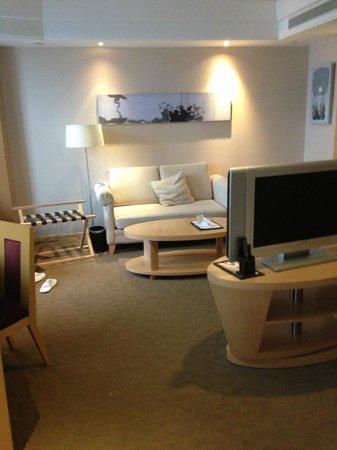 Grand Metropark Hotel Suzhou:                   bedroom
