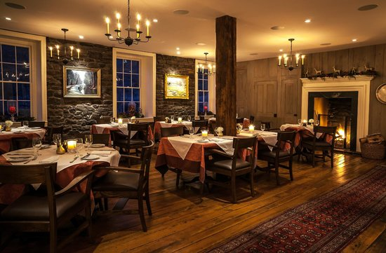 Golden Pheasant Inn: Dining with Roaring Fire