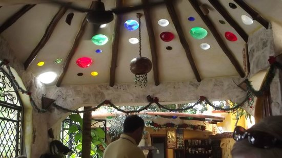 Maison Tulum:                   beautiful ceiling of dining area