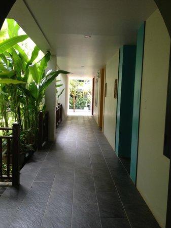Anyavee Tubkaek Beach Resort:                   room entry