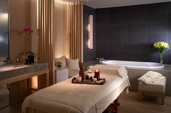 Shangri-La's Far Eastern Plaza Hotel Tainan : Spa treatment room