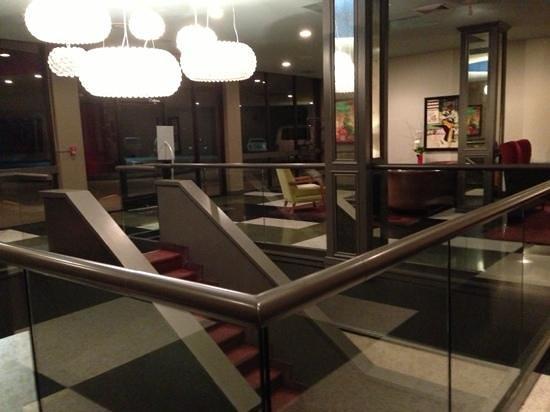 Hotel Preston:                   Lobby