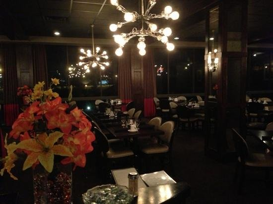 Hotel Preston:                   restaurant