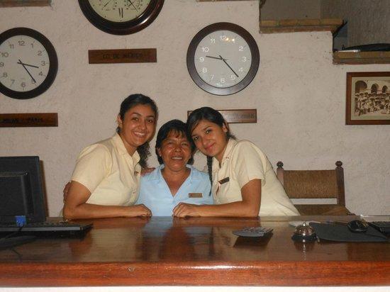 Hotel Villablanca Huatulco :                   Front Desk Crew