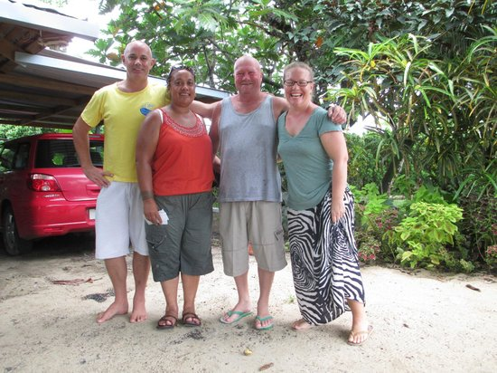 Savaii Lagoon Resort: Tony(manager) Liz & Gary, Melissa(Manager)