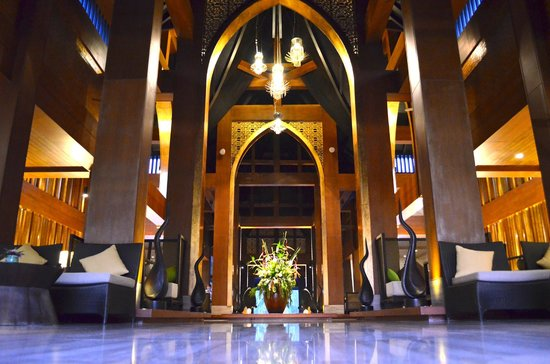 Natai Beach Resort & Spa, Phang-nga: Hotel Lobby