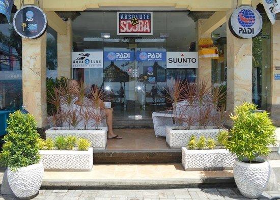Padang Bai Beach Resort Entrance
