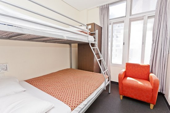 790 on George: double room