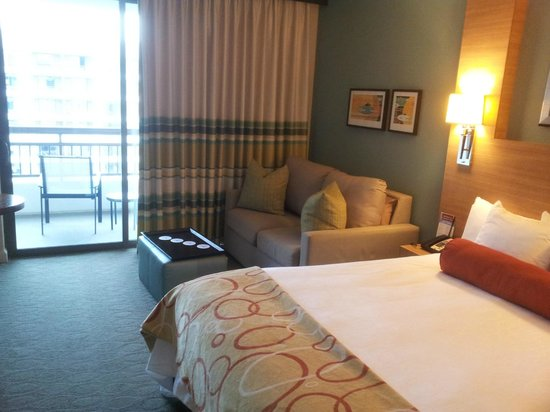 Bay Lake Tower at Disney's Contemporary Resort: bedroom and balcony