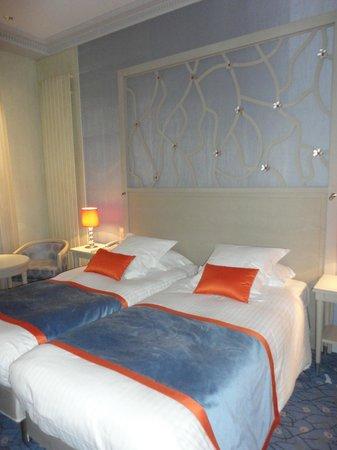 Hôtel Splendid Étoile:                   Superior Room