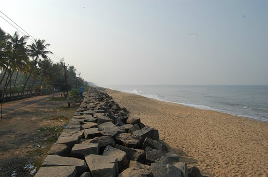 Club Mahindra Cherai Beach:                   Great location