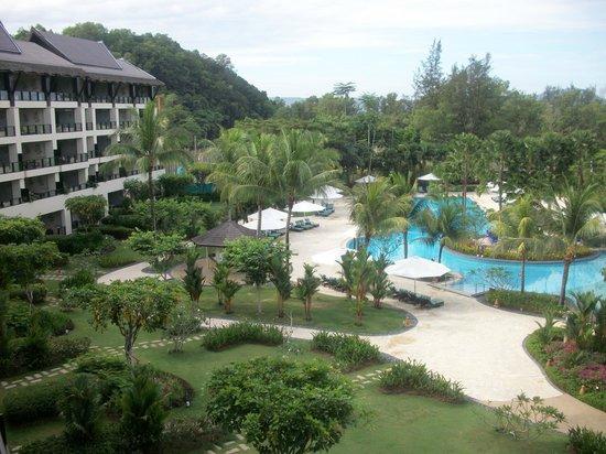 Shangri-La's Rasa Ria Resort & Spa: ocean wing