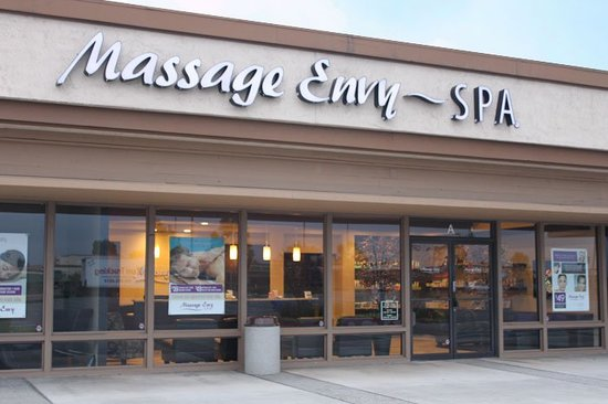 ‪Massage Envy Spa Lake Forest‬