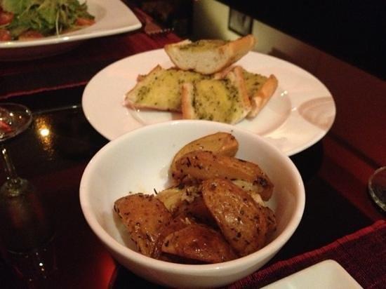 Red Sky Bar & Restaurant:                   Garlic potatoes & Garlic bread