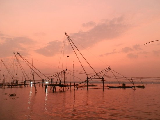 Philipkutty's Farm: The sunset lake cruise