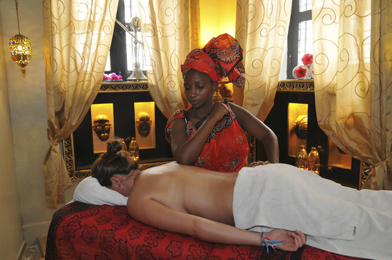 Zanzibar Palace Hotel: Luxury Spa treatments in our private spa.