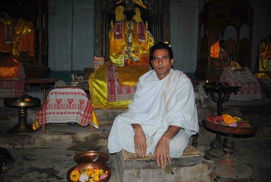 Majuli, India: PRIEST