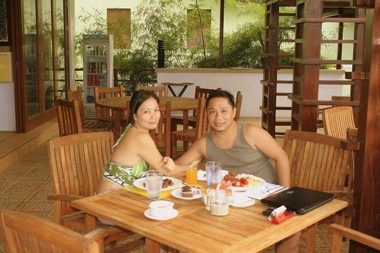 Acuatico Beach Resort & Hotel: Breakfast!