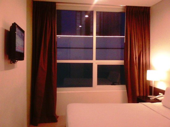 Go Hotels Mandaluyong:                   typical room