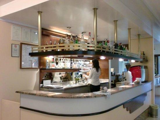 Hotel Ristorante Rometta : bar  ingresso