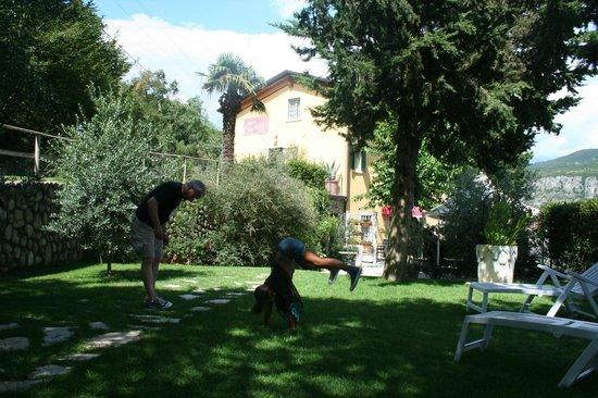 Relais San Michele: parco