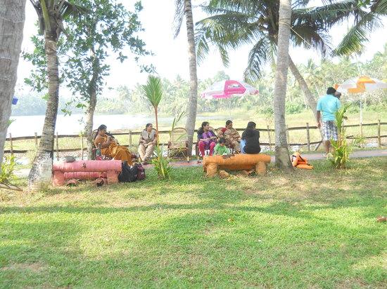 Kochi (Cochin), Indien:                   poothotta island village