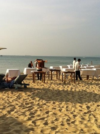La Veranda Resort Phu Quoc - MGallery Collection: preparazione per la cena