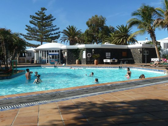 Apartamentos Barcarola Club: Main Pool