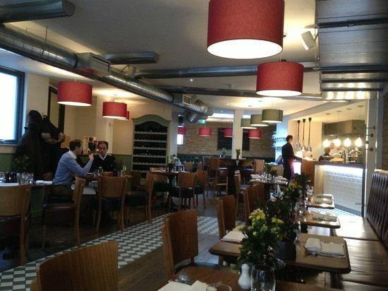 Gustoso Ristorante & Enoteca: Restaurant