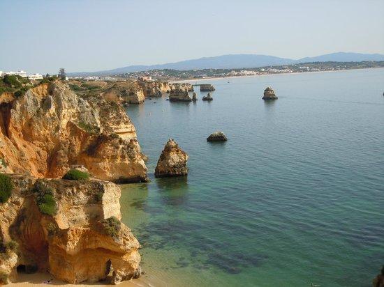 Vue depuis la falaise en direction de Praia dona ana