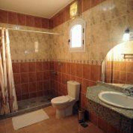 Nile Valley Hotel Restaurant: suite bathroom