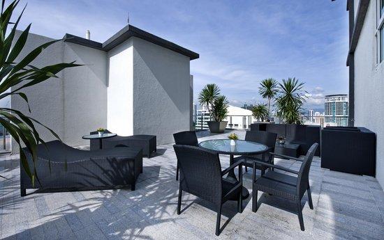 Fraser Place Kuala Lumpur: 4 Bedroom Penthouse - Verandah