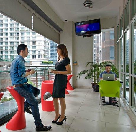 Fraser Place Kuala Lumpur: The Verandah