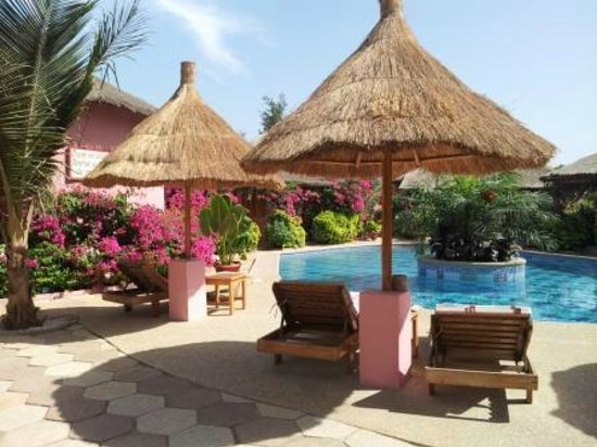 Casa Coco:                   Bungalows around the pool