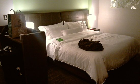 Element Miami International Airport: Letto