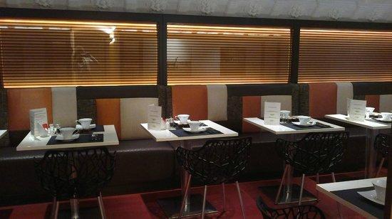 Elysees Mermoz Hotel: sala per la colazione