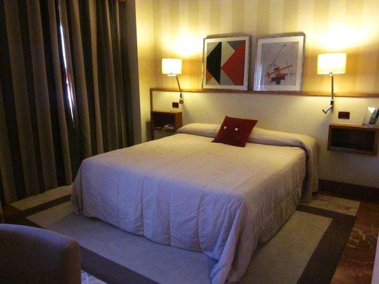 H10 Tribeca: Habitación - cama